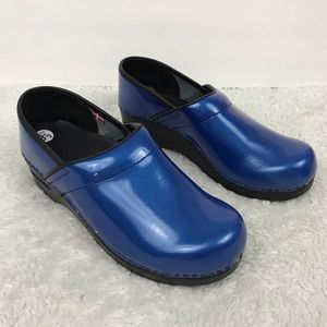 Sanita • Blue Clogs